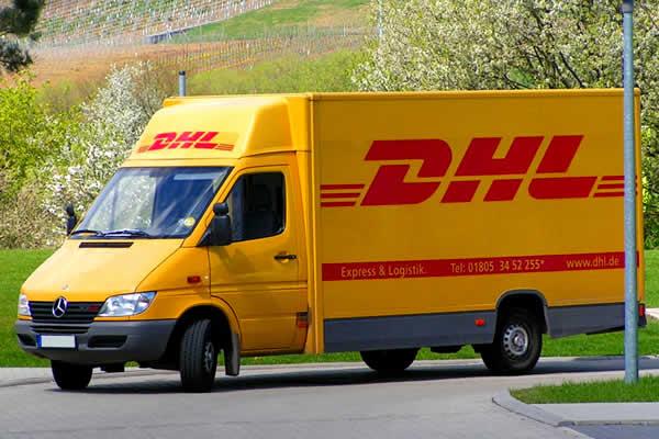 dhl-transporter